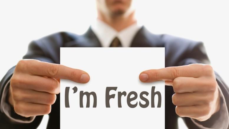 Gaji Fresh Graduate 8 Juta? Coba Lihat Beberapa Fakta tentang Gaji Pertama