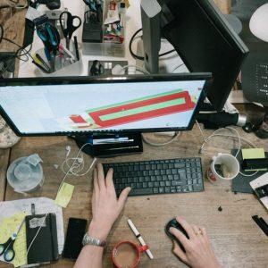 Pembagian Beban Kerja Karyawan: 5 Akibat Jika Sampai Tak Seimbang