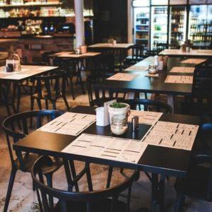 Nongkrong di Kafe Tapi Dompet Nggak Jebol? Ini 5 Tipnya!